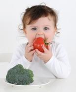 Allergie, minori rischi da introduzione alimenti allergenici dall'infanzia