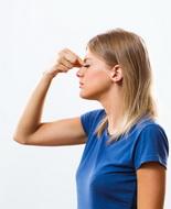Sinusite: irrigazioni nasali saline più efficaci dei suffumigi